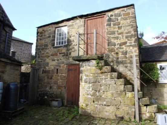 Cottage near Wesleyan Chapel